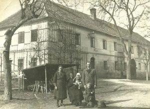1939_930x676px